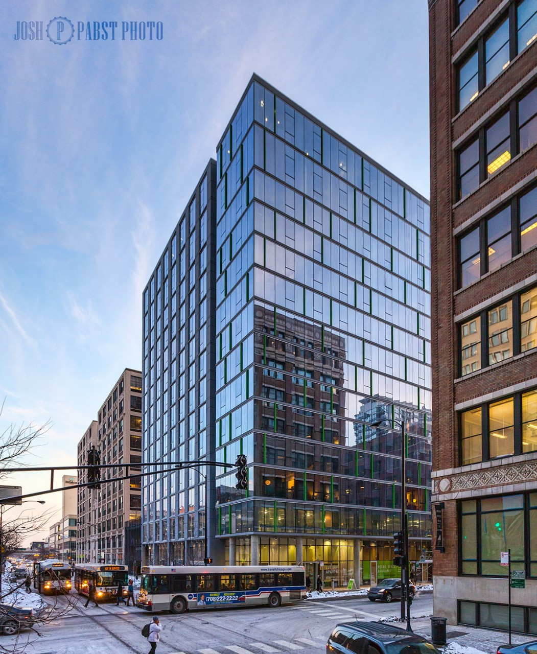 New Apartment Buildings Chicago: JeffJack Apartments